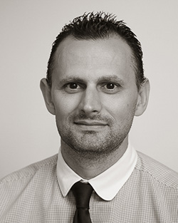 Russell Kinnear